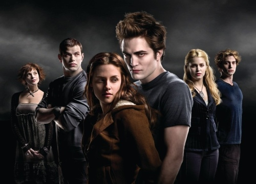 Bella and Edward with the Cullens